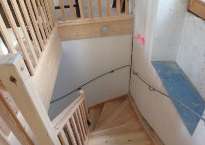 Escalier et cage d'escalier à la mairie de Valouse